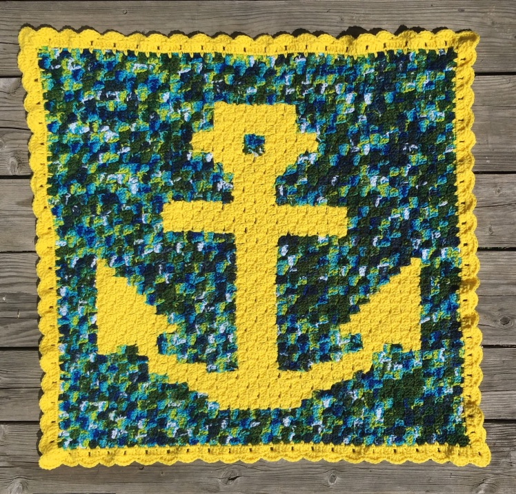 An easy and free C2C crochet nautical inspired baby blanket.