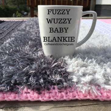 I love this faux fur baby blankie, it is giving me all the fuzzy wuzzies!