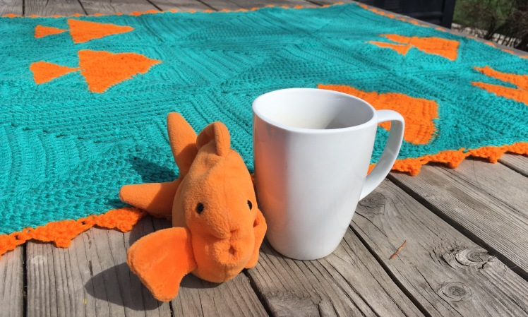 How delicious is this crochet Goldfish Cracker Blanket?